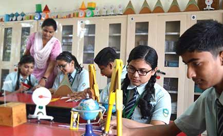 Best CBSE School in Dehradun Universal Academy