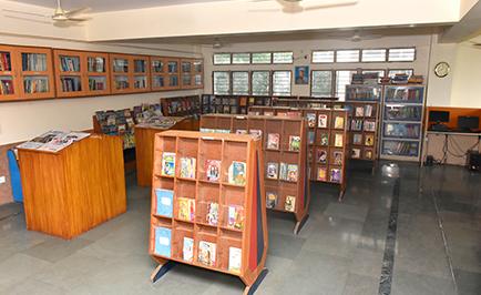 library best school in dehradun